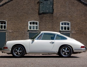 PORSCHE 911 T FULLY RESTORED