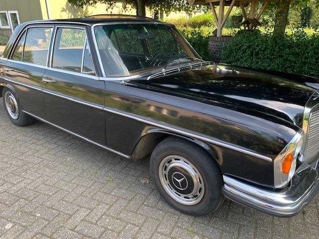 Mercedes 250 S 1967  with LPG and sunroof